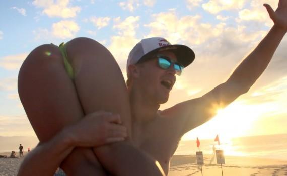 サーフムービー:Who is JOB 4.0 – Tubing & Shorebreak Madness – Ep 2