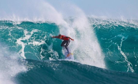 サーフムービー:SATA Azores Pro Day 4 Highlights