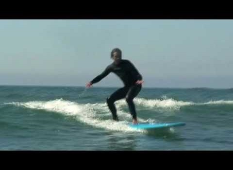 サーフムービー:How To Surf – Body Position