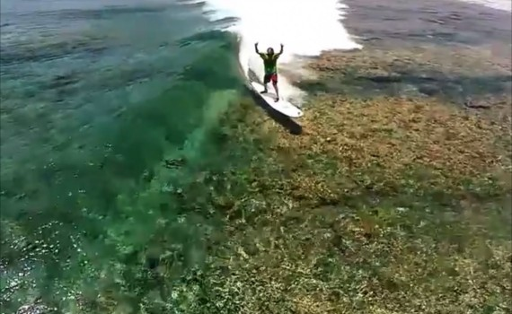 サーフムービー:Best drone videos of surfing in 2014 – Epic drone compilation