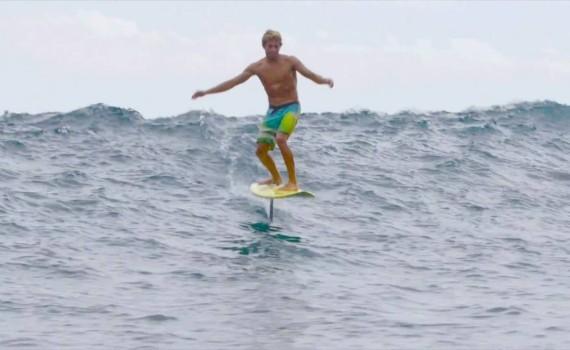 サーフムービー:Kai Lenny Hydrofoil Surfing