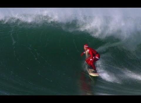 サンタクロース サーフィン in フランス