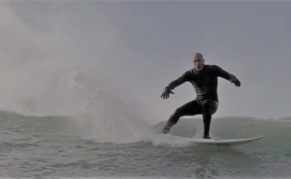 ケリースレーター 2017 Surfing