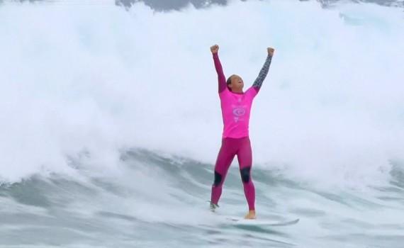サーフムービー:American wins WOMENS CTツアー第2戦